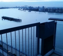 1 Spare Room For Rent in  Thamesmead South London