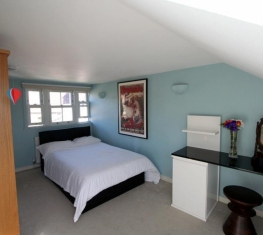 1 Spare Room For Rent in  Homerton East London