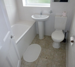 1 Spare Room For Rent in  Acton West London