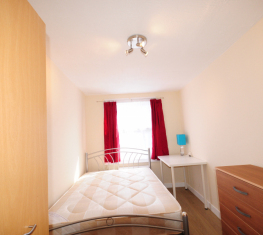 1 Spare Room For Rent in  Hackney East London
