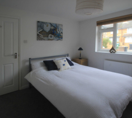 1 Spare Room For Rent in  Watford