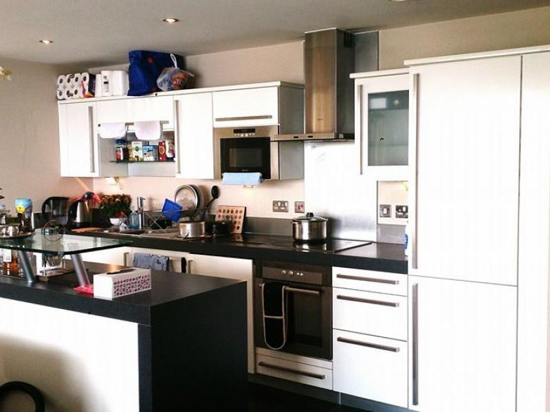1 Spare Room For Rent in Western Gateway, London E16 1AQ, United Kingdom