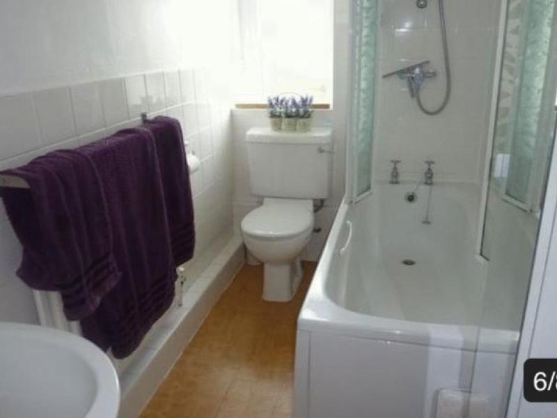 2 Spare Rooms For Rent in Chepstow Road,Paddington London,W2 5TE